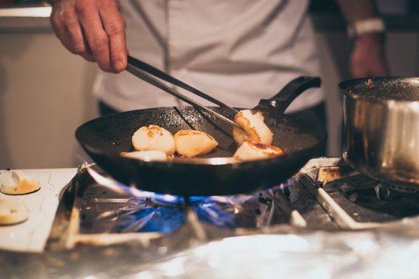 Foodfestival-gebakken-coquilles-Chef-Nicolas