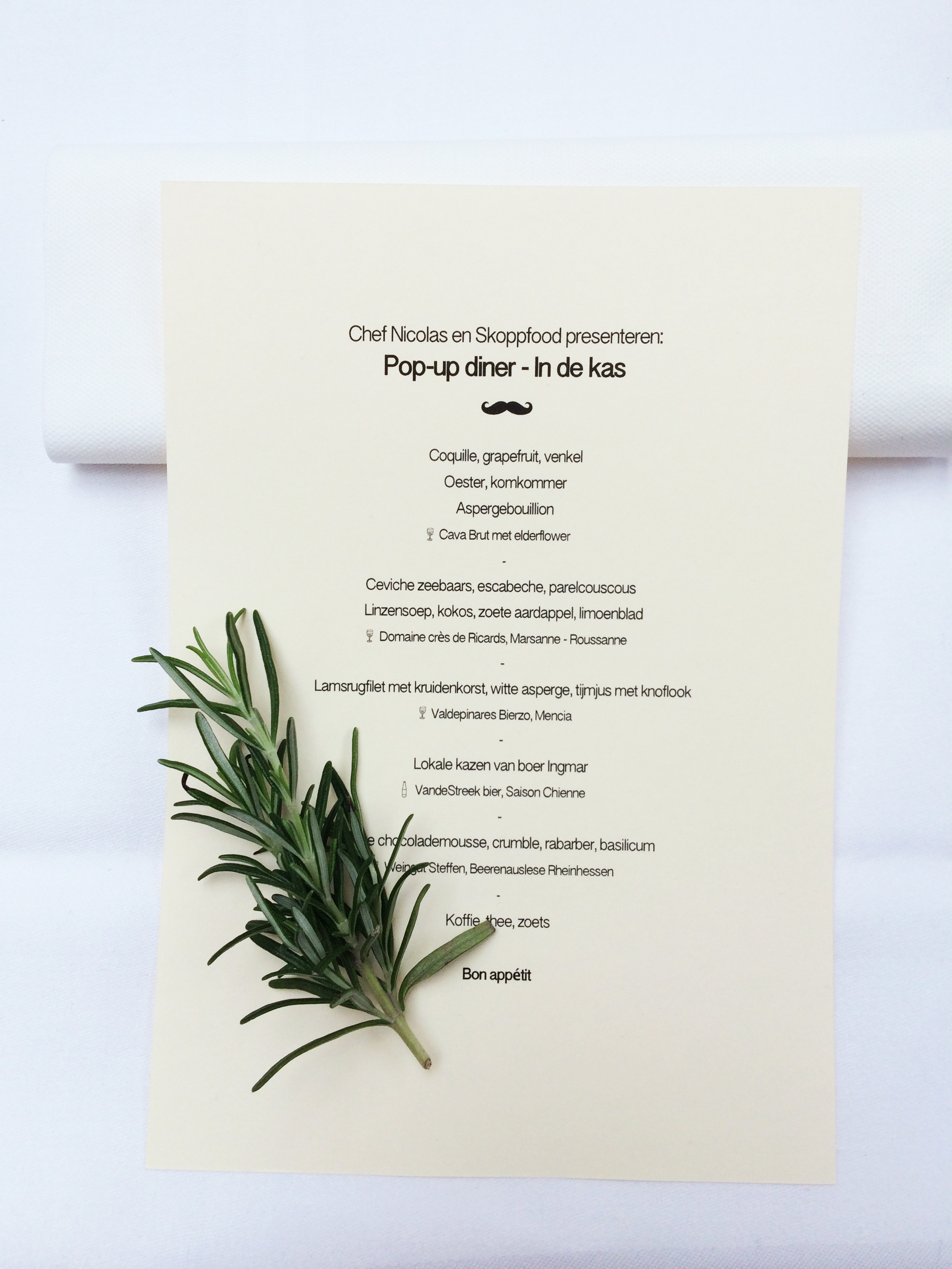 06-Menu-Pop-up-diner
